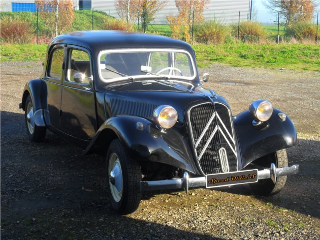 Citroen_Traction_11BL